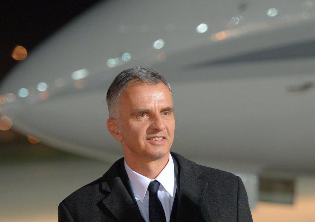 瑞士外长:对伊朗的制裁需尽快解除