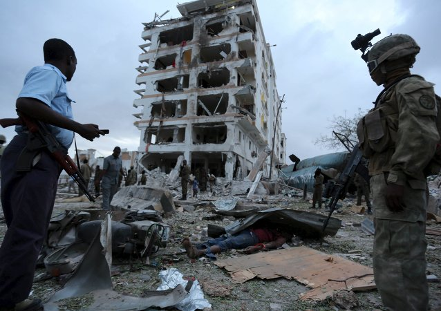 中国外交部:强烈谴责索马里恐怖袭击并哀悼中方遇难人员