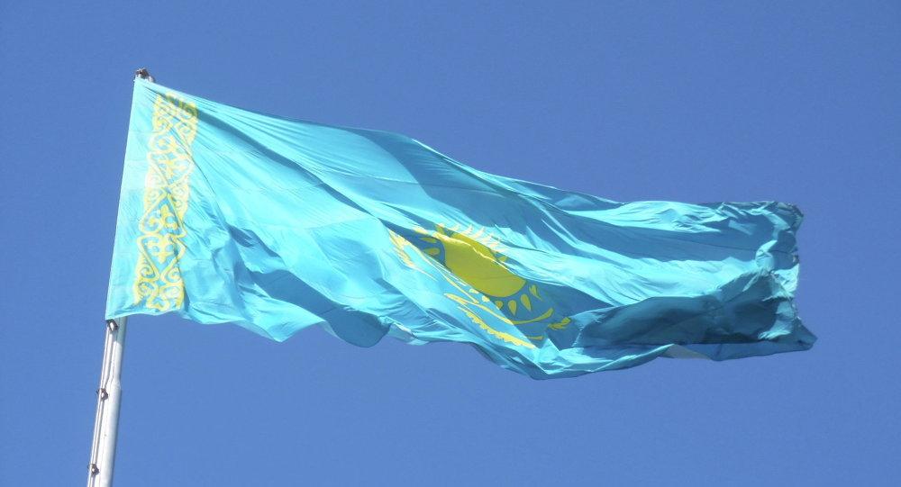 哈萨克斯坦想要中俄领土?
