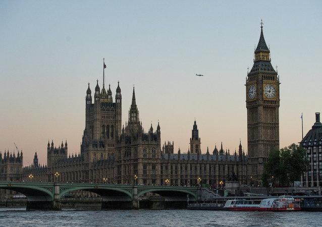 民调:支持英国留在欧盟的人数超过反对者人数15%