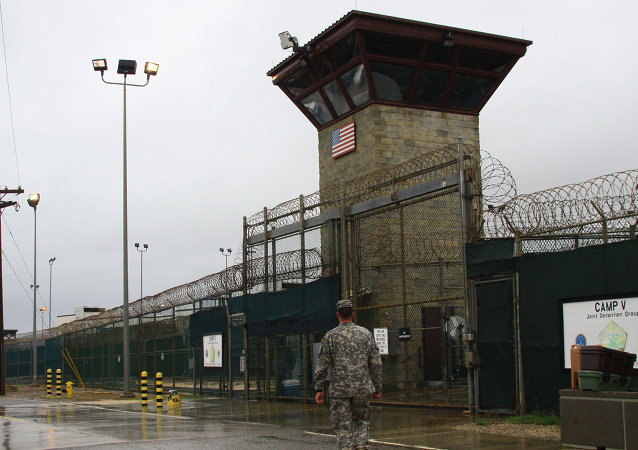 俄杜马议员:奥巴马欲借关闭关塔那摩监狱在历史上留下正面形象