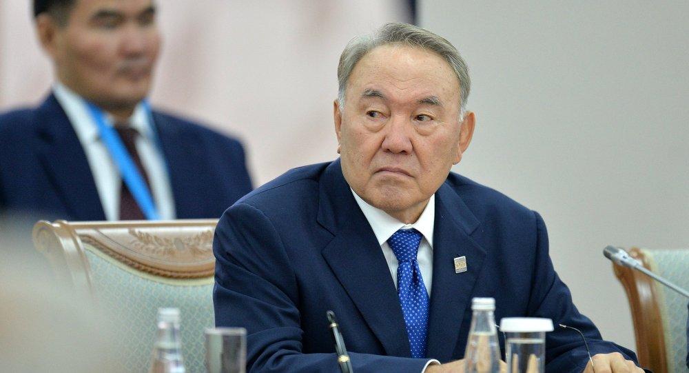 哈萨克斯坦总统预祝普京赢得俄总统大选