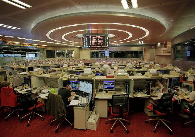 中國專家:股市震蕩將持續至年底