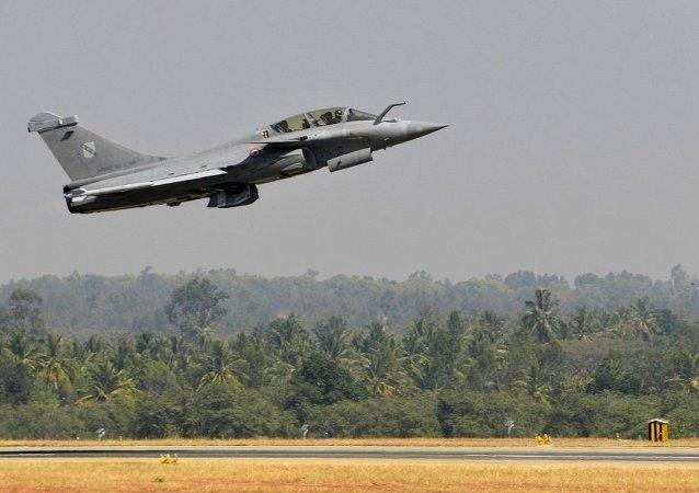 法国正在就出售阵风战斗机与马来西亚和阿联酋举行谈判