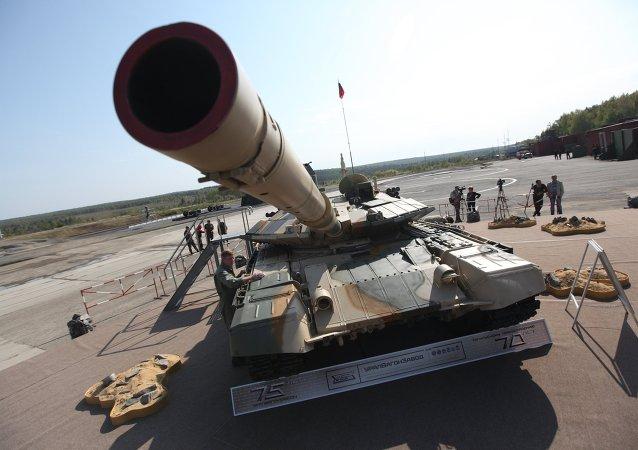德国杂志:俄坦克战场生存能力强,美坦克脆弱不堪