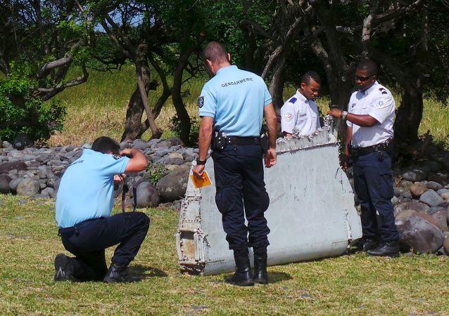 马来西亚否认在法属留尼汪岛发现波音飞机门残骸