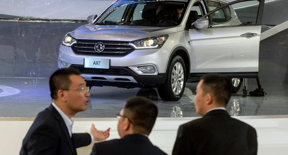 中国商务部:2016年中国汽车销量连续八年蝉联全球第一