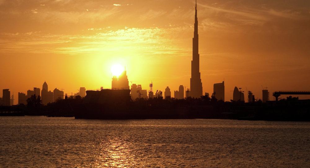 阿联酋庆祝建国45周年