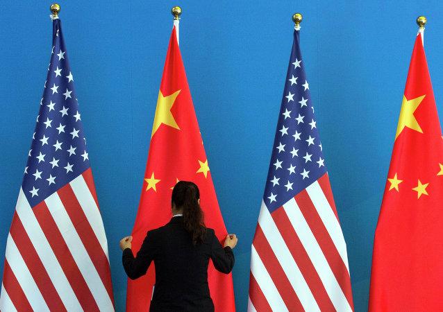 中国对美国所施加给中国政治制度的压力表示担忧