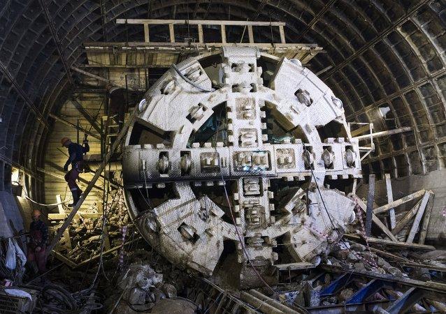 盾构隧道掘进机