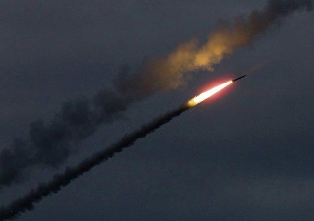 俄将出口新型航空火箭弹