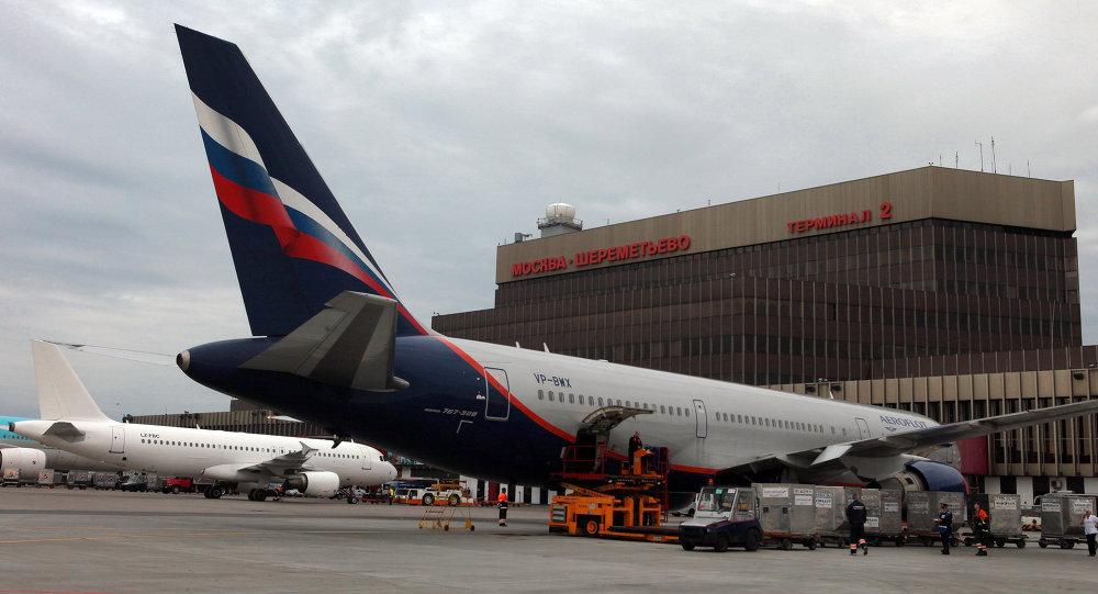 俄侦查委员会正对迫降莫斯科机场飞机内中国公民死亡