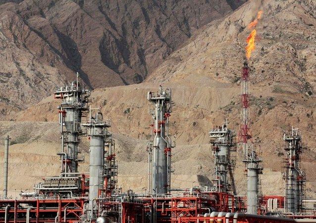 伊朗驻俄大使:俄伊可开展油气领域交流合作