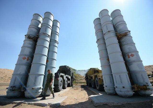 俄副外长:没有考虑第三国参与向伊朗提供S-300的问题