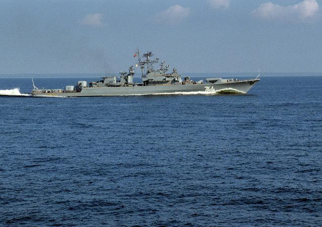 约500名俄官兵演习登陆波罗的海海岸