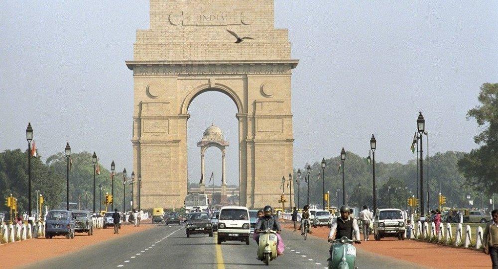 印度最高法院规定放电影前必须先放国歌