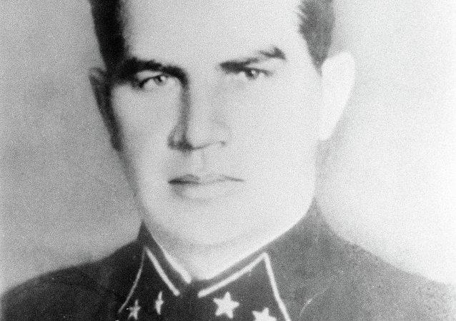 瓦西里·伊万诺维奇·崔可夫, 苏联军事顾问团团长/1940-1942/