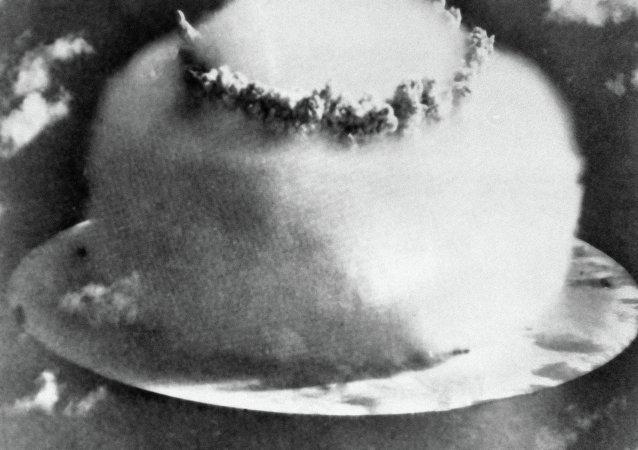 氢弹爆炸瞬间