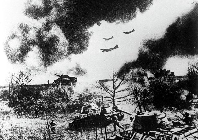 美媒将苏联库尔斯克会战的成功归功于盟友帮助