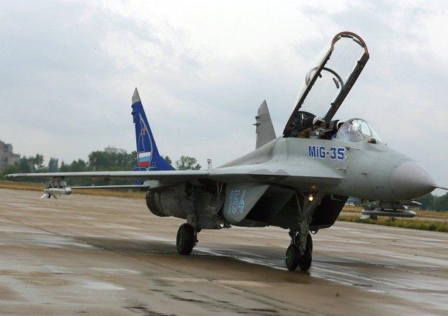 战斗机米格-35