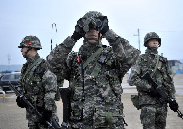 """韩国在朝鲜战略火箭军建军节期间监视""""挑衅""""情况"""