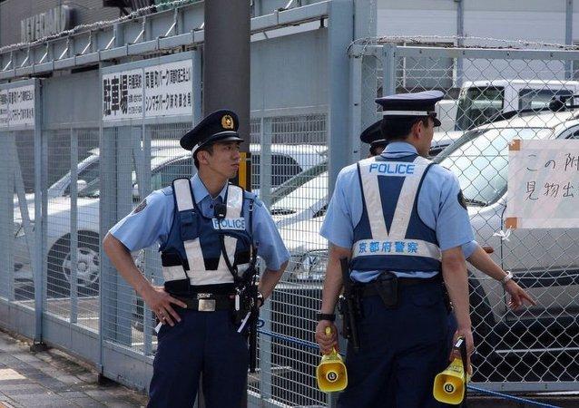 """日本警察搜查""""山口组""""总部"""
