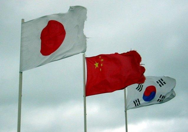 对中韩日三国峰会有何期待?