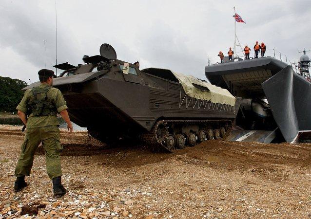俄中演习指挥官高度评价两军联合登陆和转移平民科目的表演