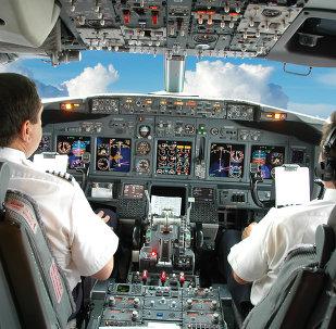 德瓦尔科维奇:俄联邦目前并不缺乏飞行员,政府正在对局势进行追踪