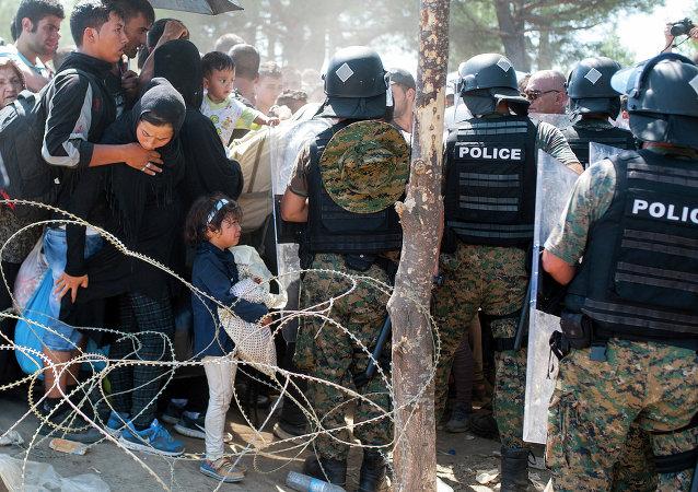 德法英呼吁就难民问题召开紧急会议