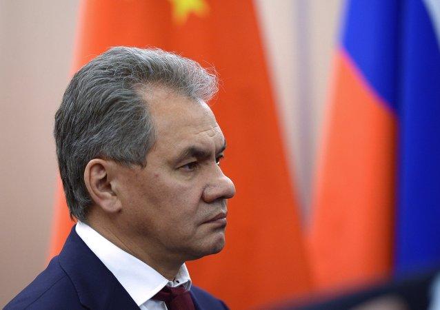 俄防长在华指出必须联合上合组织各成员国军队力量