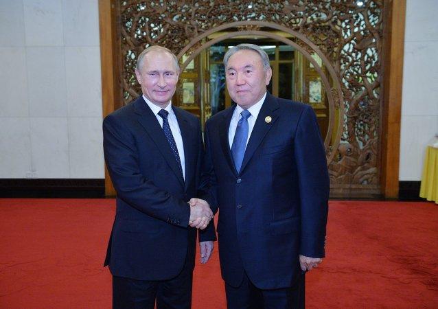 俄哈总统讨论双边合作和国际空间站新考察组发射问题