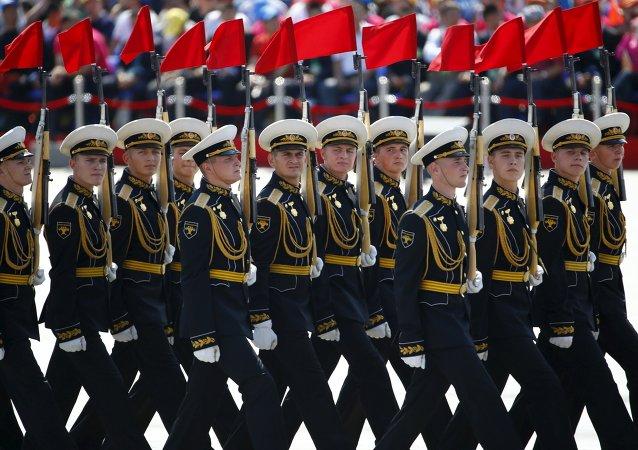中国学者:俄罗斯阅兵方队为守护正义和平而来