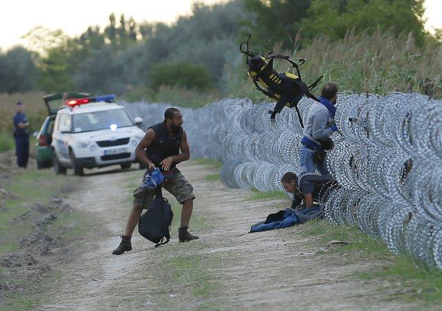 克罗地亚总理称国家已无法安置更多难民