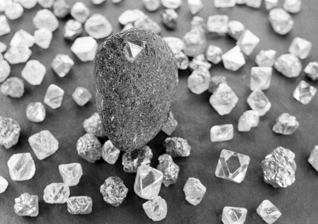 俄国家贵金属和宝石贮备库将来或在符拉迪沃斯托克销售金刚石