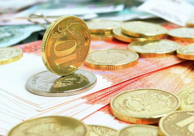 俄工貿部長:俄與伊朗或將啓動本國貨幣結算