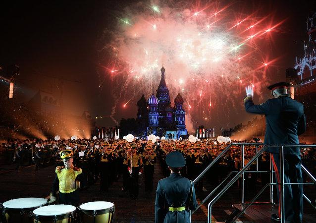 """俄国防出口公司:""""斯巴斯卡亚塔楼2015""""国际军乐节规模为历史之最"""
