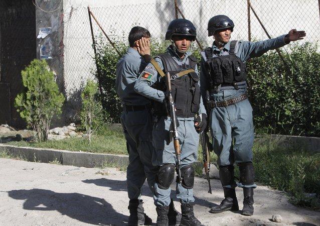 在赫尔曼德省的阿富汗内务部再次遭到袭击