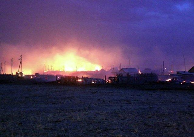 消息人士:奥伦堡大规模草原火得到控制 威胁已解除