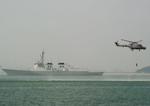 韩国军人在朝鲜船只越界后鸣枪示警