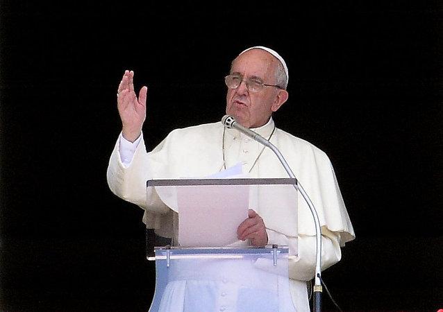 """美国会议员:美情报部门预防了对罗马教皇安全的""""具体威胁"""""""