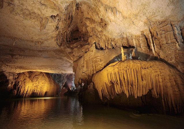 墨西哥現世界最大水下洞穴
