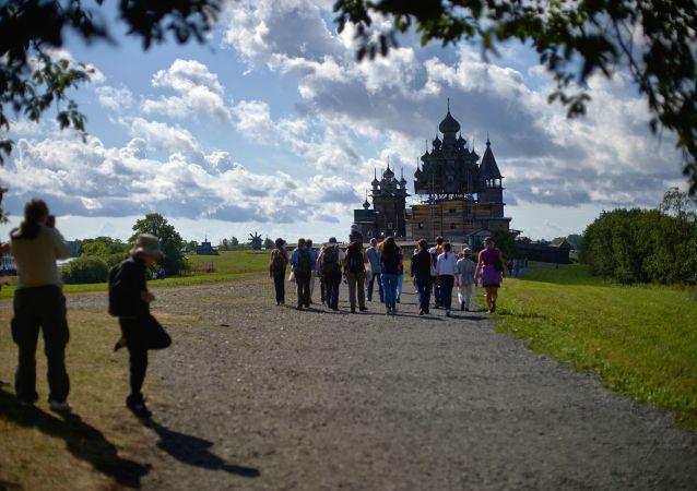 普京责成2月1日前制定俄旅行社统一登记法