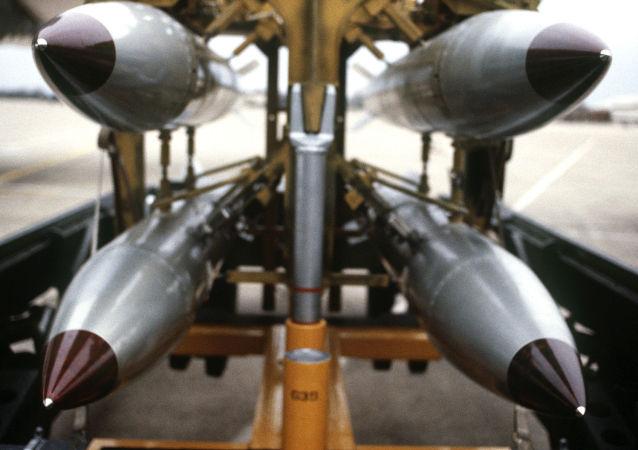 美国B61战术炸弹