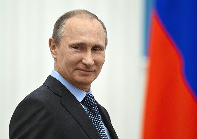 """普京接受CBS采访时称""""沙皇""""的绰号不适合他"""