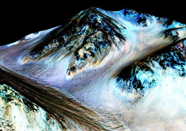 科学家:火星有变暖迹象