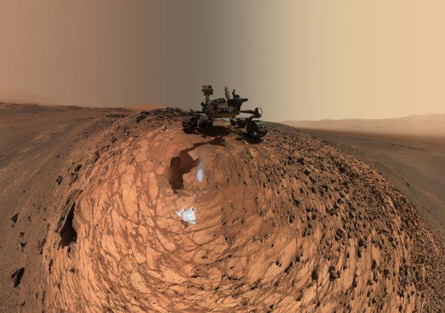 科学家们完成为期一年的登陆火星模拟实验