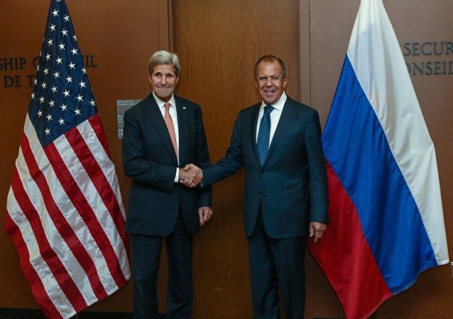 俄美外长共商安理会对朝制裁决议制定及明斯克协议执行情况