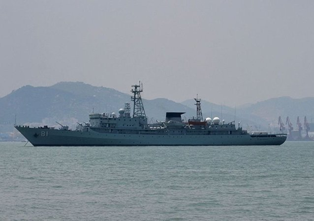 日本外务省因中国船只出现在争议海域发出抗议