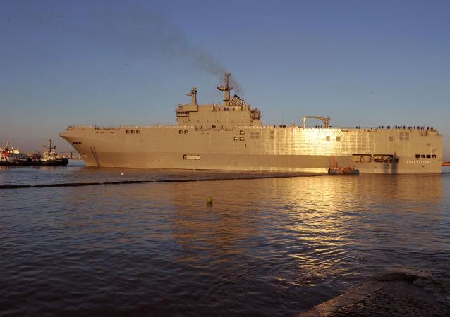 """法大使:将于6月至9月间向埃及供应""""西北风""""级直升机航母"""